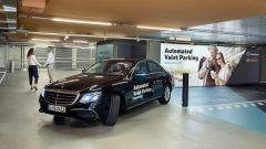 Bosch e Daimler: il parcheggio autonomo nel Museo Mercedes-Benz di Stoccarda