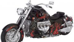 Boss Hoss ZZ4: pesa più di 500 kg e il motore ha quasi 480 CV