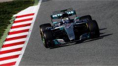 Bottas e la Mercedes - F1 2017 test Barcellona