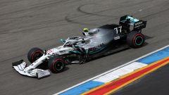 Bottas (Mercedes) in pista ad Hockenheim