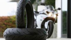 Bridgestone BT016 Pro e R10 - Immagine: 1