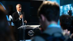 Bruno Mattucci, presidente e ad di Nissan Italia, parla alla