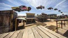 Bryce Menzies: in volo col pickup per 115 metri. E' record (video) - Immagine: 1