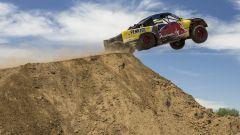 Bryce Menzies: in volo col pickup per 115 metri. E' record (video) - Immagine: 4
