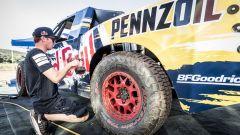 Bryce Menzies: in volo col pickup per 115 metri. E' record (video) - Immagine: 22