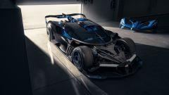 Bugatti Bolide: visuale di 3/4 anteriore senza cofano