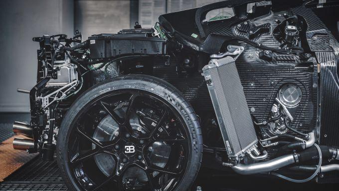 Bugatti Centodieci, il motore W16 da 8 litri sviluppa 1.600 CV