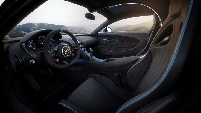 Bugatti Chiron Pur Sport: gli interni