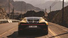 Bugatti Chiron Pur Sport: un momento della prova sulle strade di montagna