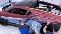Bugatti Divo Lady Bug: una fase della lavorazione
