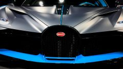 Bugatti Divo: l'auto da 5 milioni di euro in video da Parigi - Immagine: 6