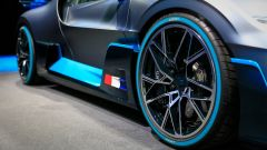 Bugatti Divo: l'auto da 5 milioni di euro in video da Parigi - Immagine: 15