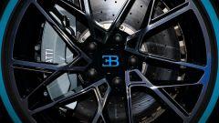Bugatti Divo: l'auto da 5 milioni di euro in video da Parigi - Immagine: 16