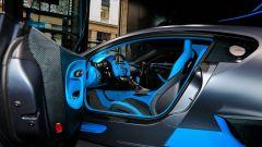 Bugatti Divo: l'auto da 5 milioni di euro in video da Parigi - Immagine: 17