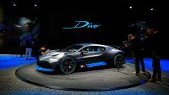 Bugatti Divo: l'auto da 5 milioni di euro in video da Parigi - Immagine: 41