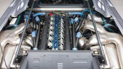 Bugatti EB110 Super Sport: in vendita con soli 950 km all'attivo - Immagine: 13