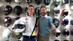 Caberg: il pilota Christian Gamarino insieme a Andrea Donghi, Responsabile prodotto Caberg