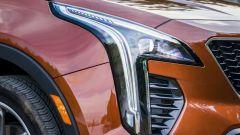 Cadillac XT4 2020, il particolare taglio del gruppo ottico anteriore