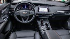 Cadillac XT4 2020, la plancia