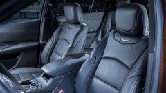 Cadillac XT4: dettaglio sedili anteriori