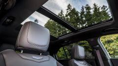 Cadillac XT4: il tetto panoramico