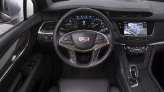 Cadillac XT5: gli interni si fanno apprezzare per l'accostamento di ottimi materiali