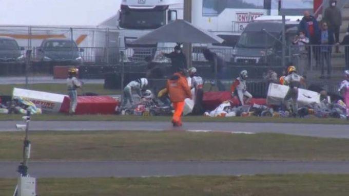 Campionato Europeo Fia Kart Oki-Junior 2021, Gent: il video dell'incidente