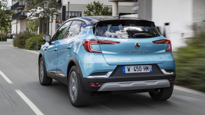 Captur E-Tech Plug-in: l'urban SUV definitivo?