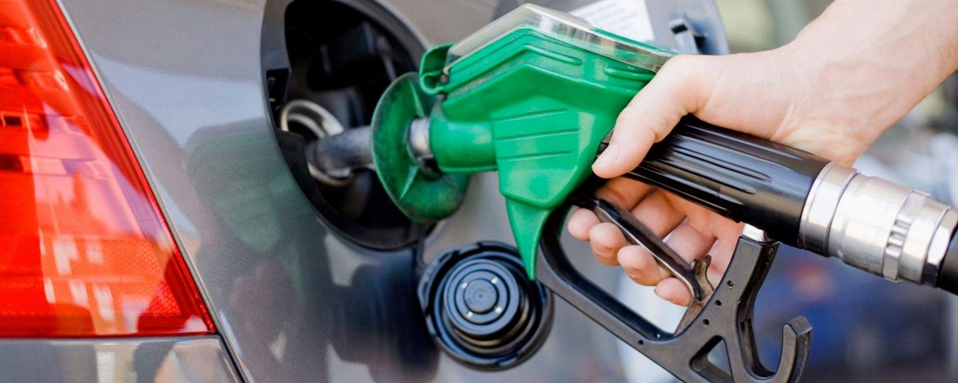 Carburanti, stabile il prezzo di benzina, diesel e GPL