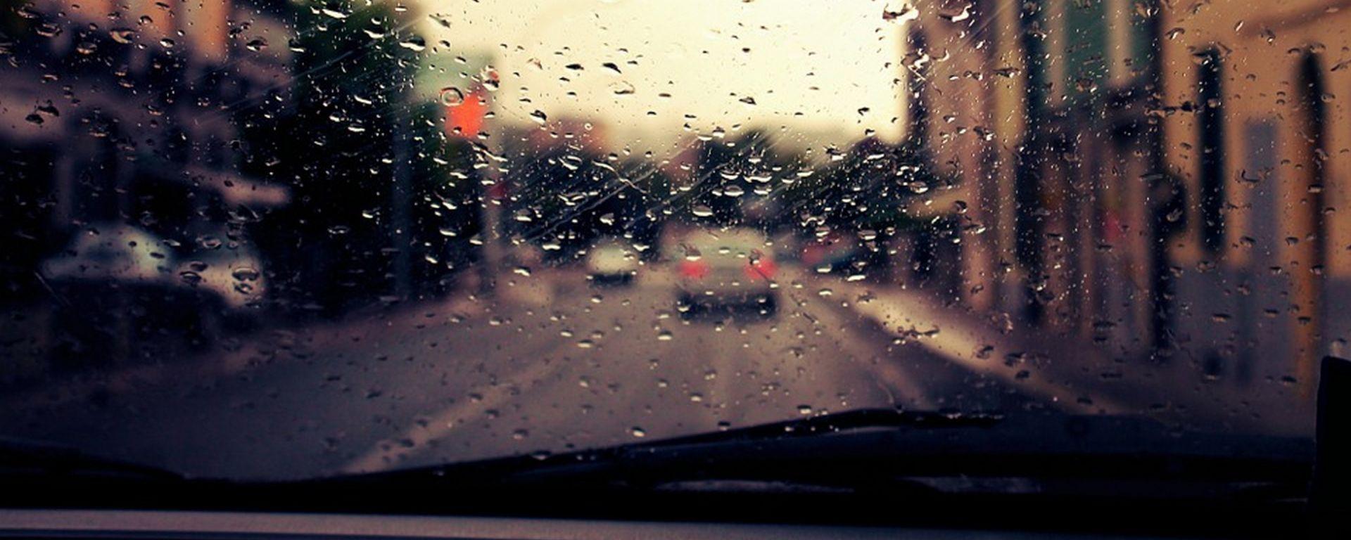 Carglass Rain Repellent: sicurezza in auto anche con la pioggia