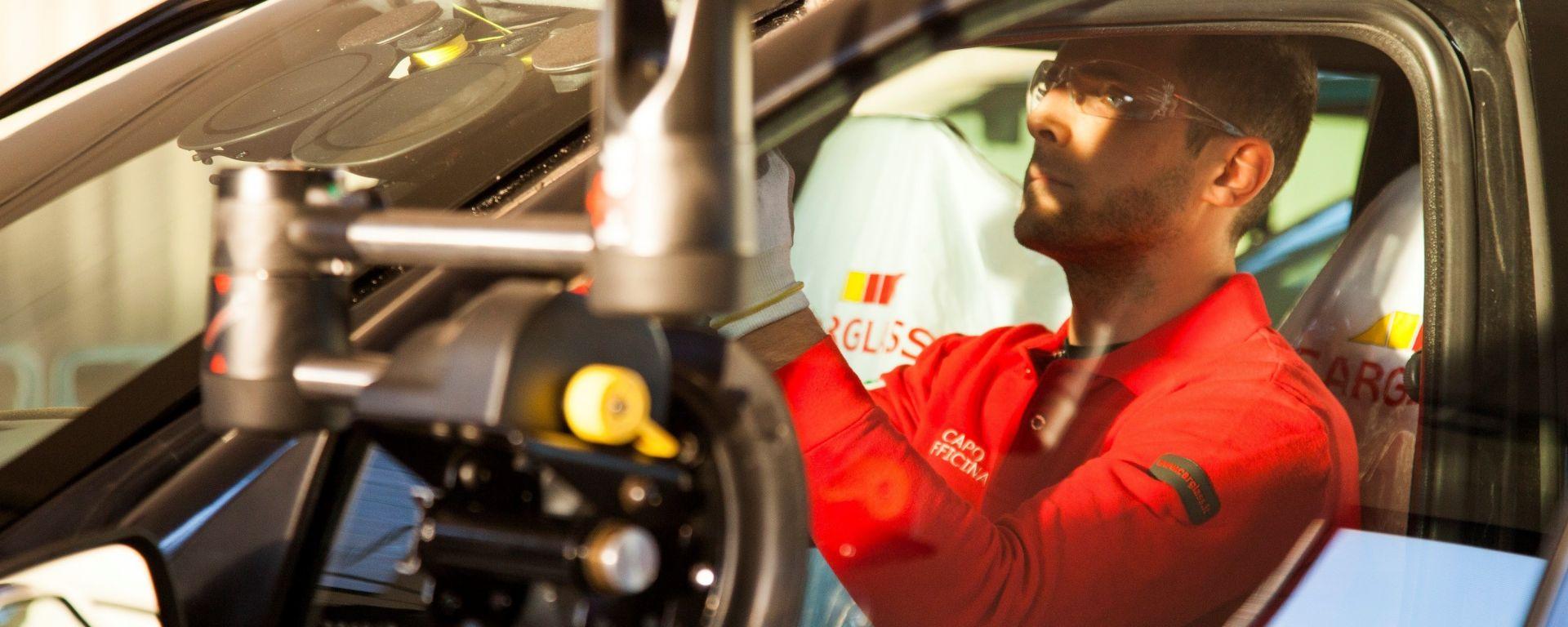 Carglass: un vademecum online spiega quanto contano i cristalli auto per la sicurezza