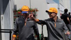 Carlos Sainz e Lando Norris (McLaren)