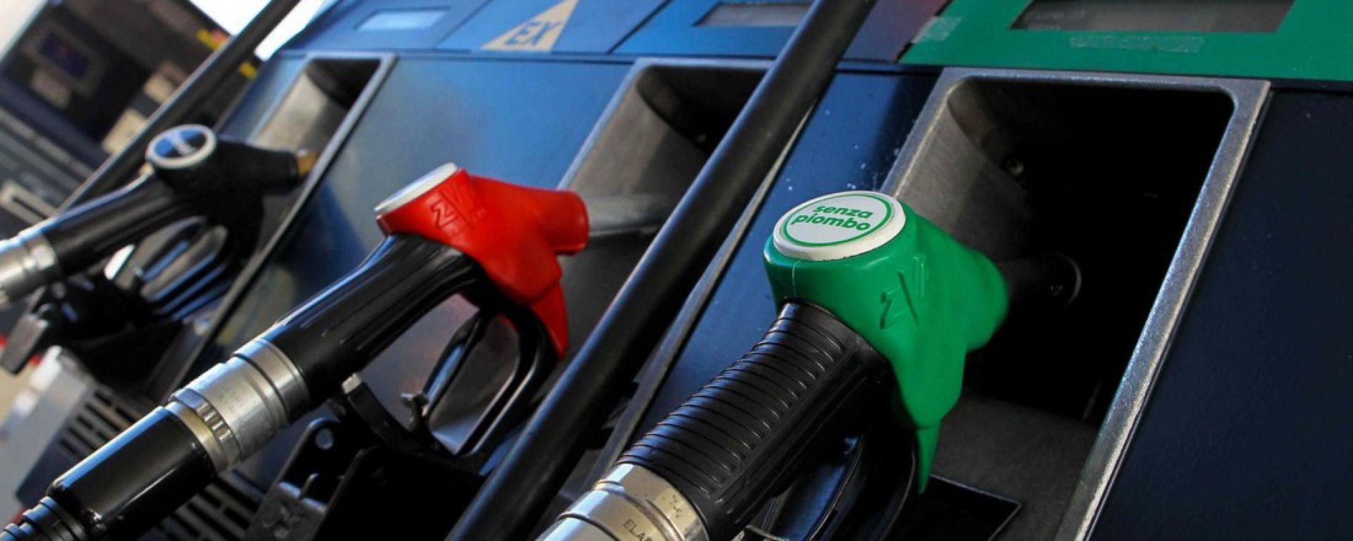 Caro benzina: si tira un po' il fiato