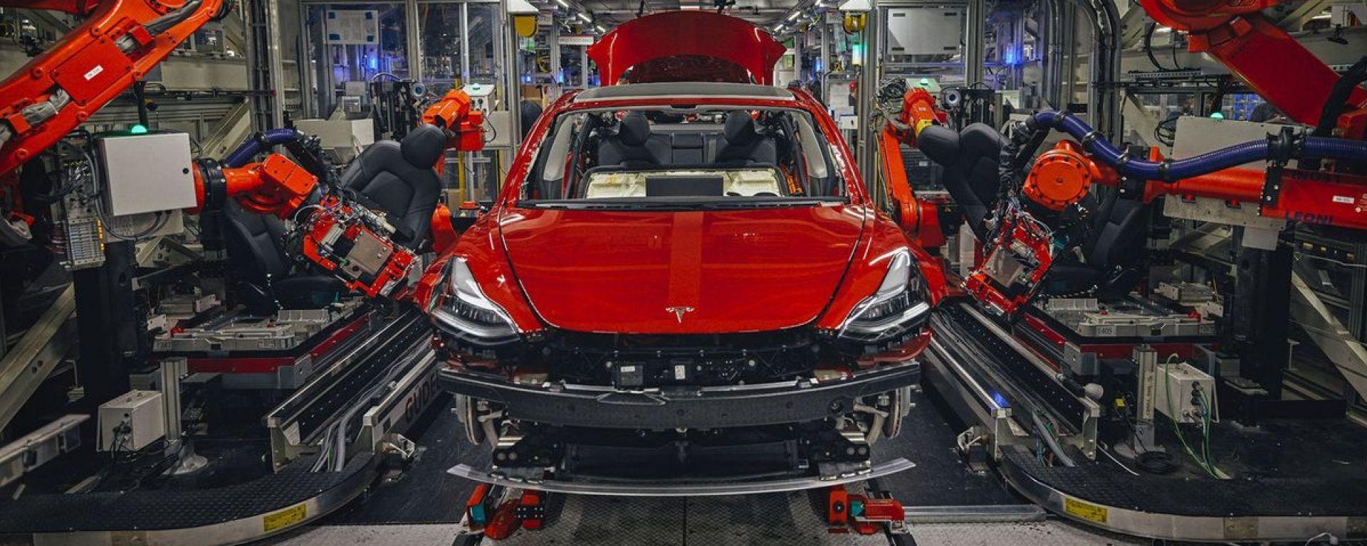Catena di montaggio Tesla