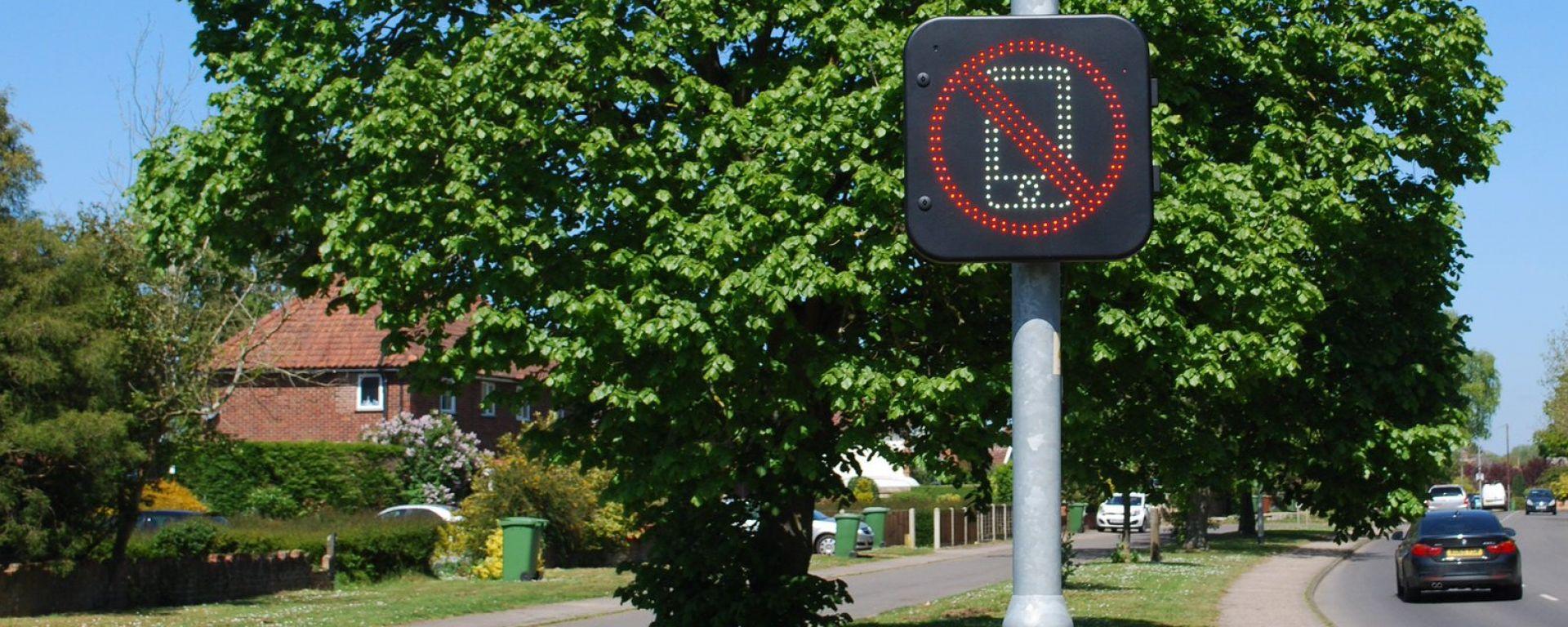 Cellulare alla guida, in UK al via il sistema di rilevazione radio
