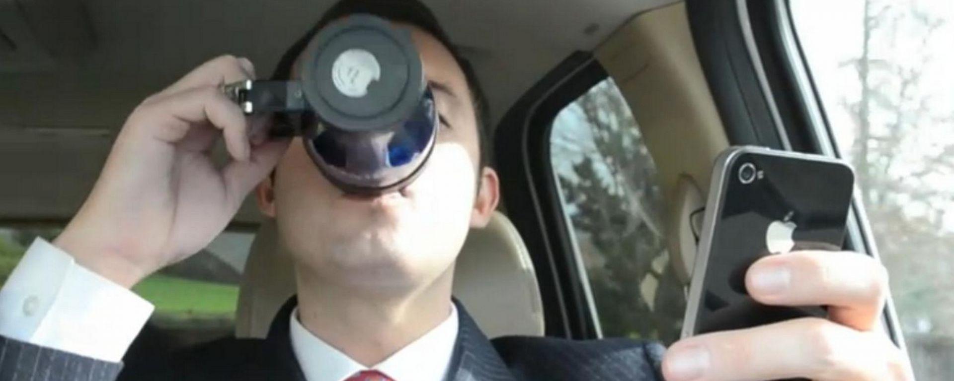 Cellulare alla guida, un'app vi smaschererà
