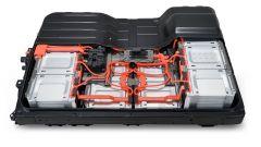 Nissan Leaf 3.Zero, con batterie da 62 kWh autonomia di 385 km - Immagine: 4
