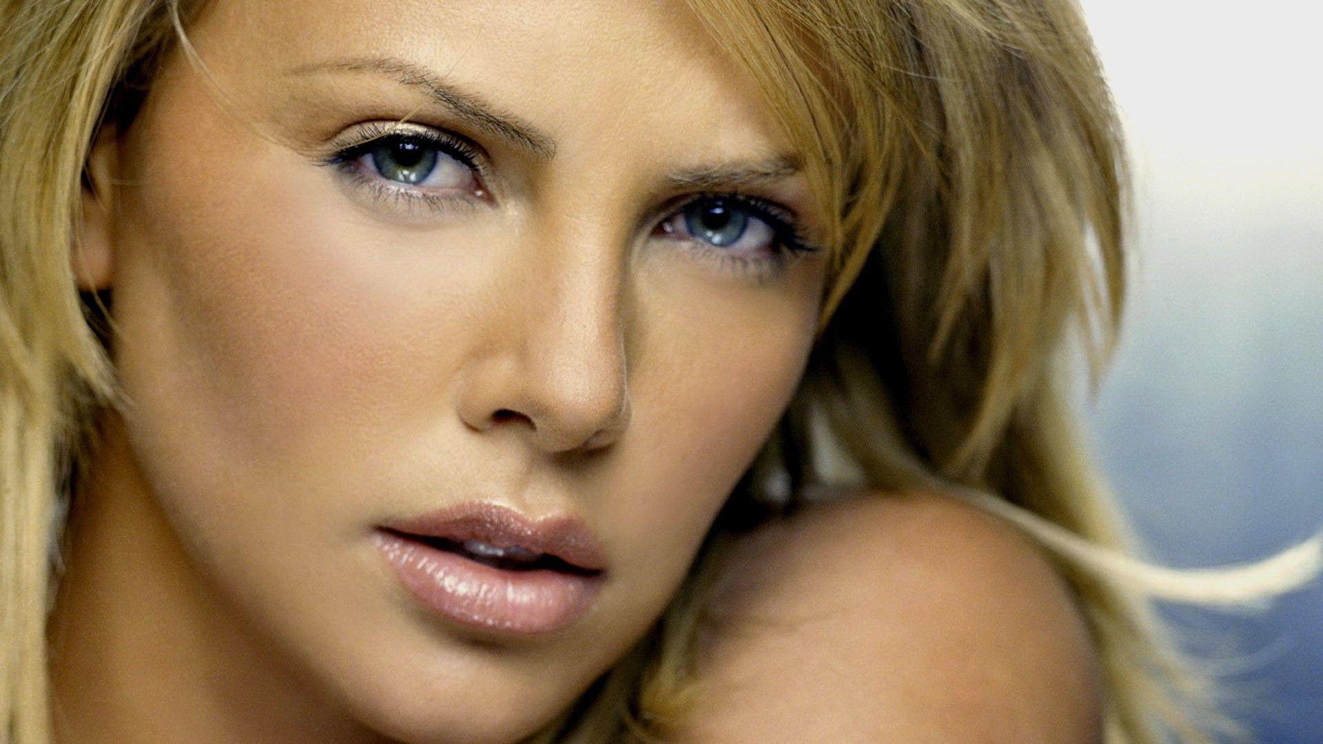 Cinema: Charlize Theron farà la cattiva in Fast & Furious ...
