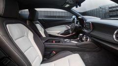 Chevrolet Camaro 2020: l'abitacolo della sportiva a stelle e strisce