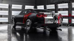 Chevrolet Camaro COPO 2020 John Force Edition: il 3/4 posteriore