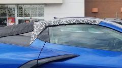 Chevrolet Corvette C8 Convertible 2019: il taglio del padiglione dal montante A al cofano motore