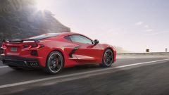 Chevrolet Corvette C8 Stingray 2020 vista di lato