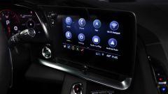 Chevrolet Corvette Stingray 2020, il display centrale