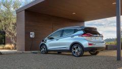 La Chevrolet Bolt EV batte in autonomia la Tesla Model S 75D