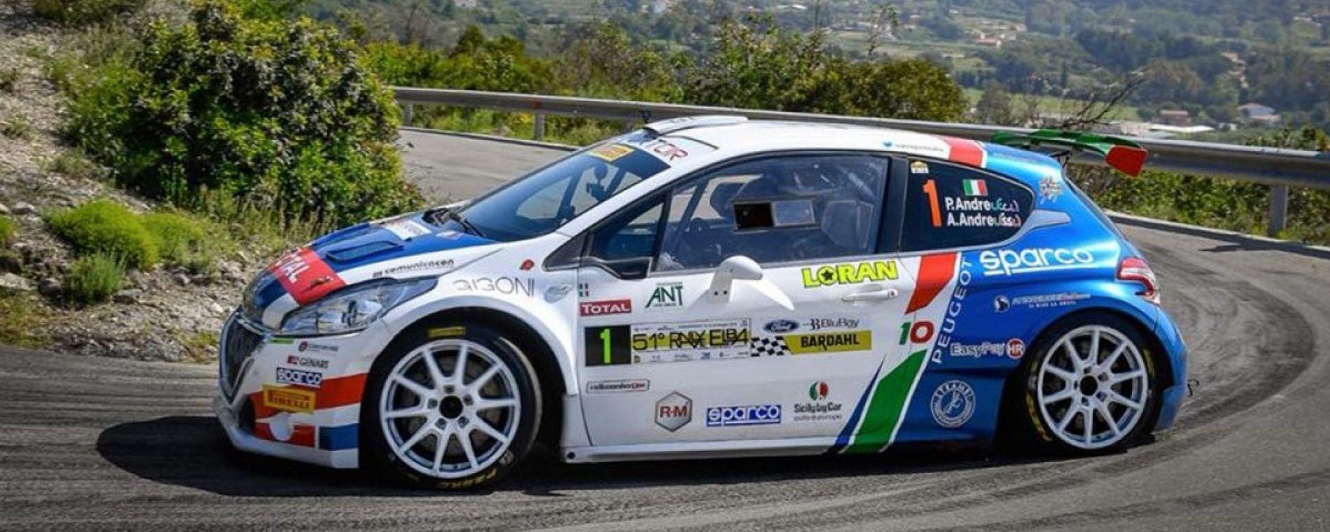 Incidente per Campedelli, in testa al Rally Isola d'Elba c'è Andreucci con Peugeot