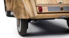 Citroën 2CV di legno by Michel Robillard: dettaglio del posteriore