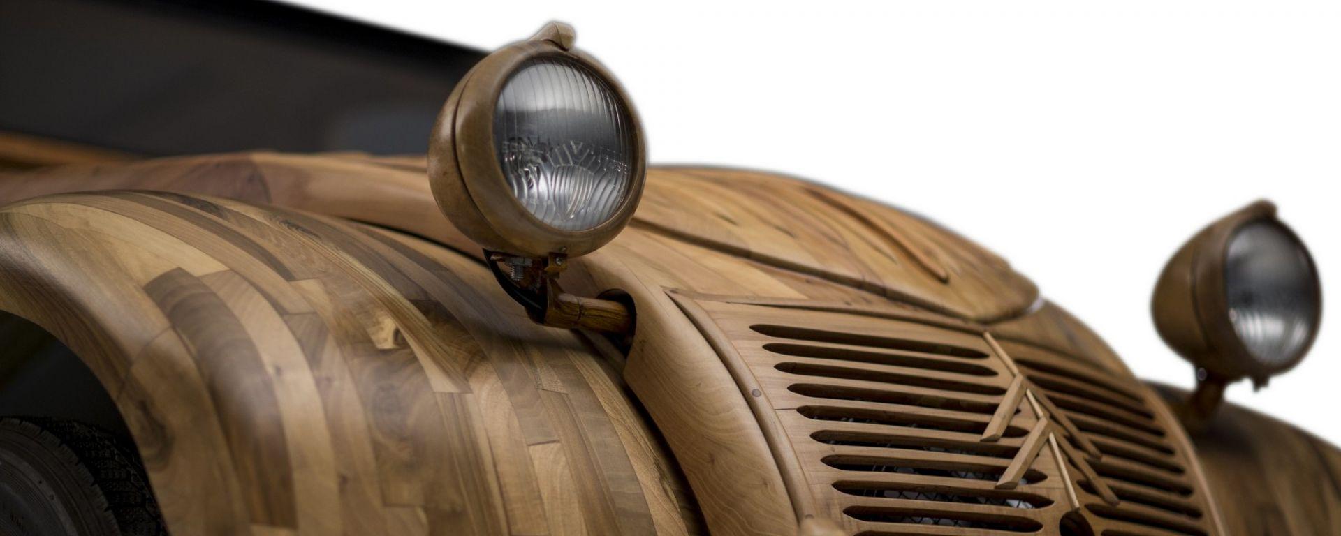 Citroën 2CV di legno by Michel Robillard: i fanali