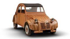 Citroën 2CV di legno by Michel Robillard: vista 3/4 anteriore