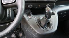 Citroen Berlingo Van: la leva del cambio manuale