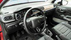Citroen C3 PureTech 110 S&S 2021, interni: l'abitacolo anteriore